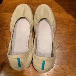 Cream Tieks Size 10
